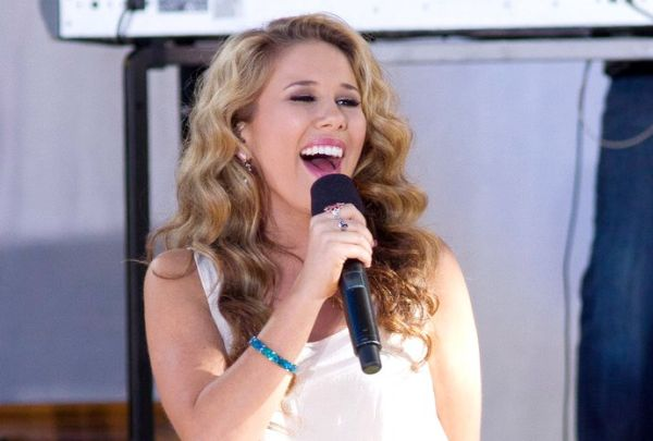 Haley Reinhart American Idol X Factor Indonesia