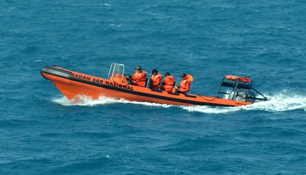 Pencarian Korban Kapal Karam Mahakam April 2013