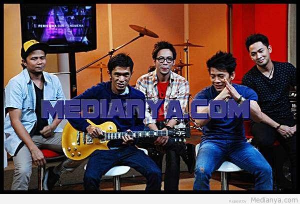 Album Karaoke Noah Band 2013