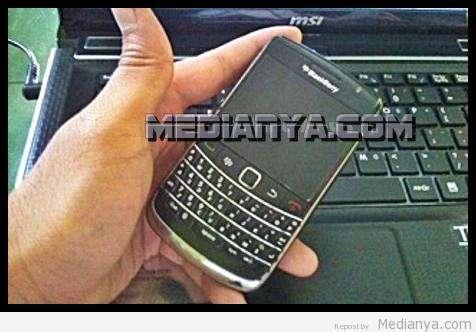 BBM (Blackberry Massenger) Gangguan 3 Juli 2013