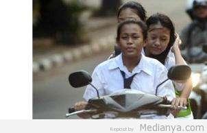 Razia Sepeda Motor Di Mulawarman Banjarmasin Jaring Puluhan Pelajar