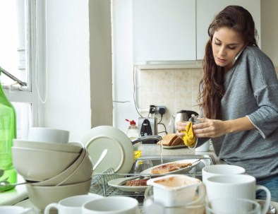 Cara Mengatasi Cucian Piring yang Menumpuk dengan Mudah dan Cepat